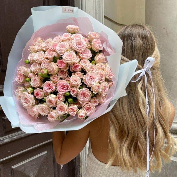 Bukiet gałązkowych róż